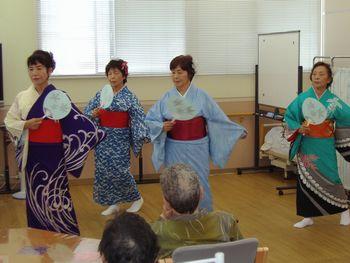 H23.9.30日本舞踊②.JPG