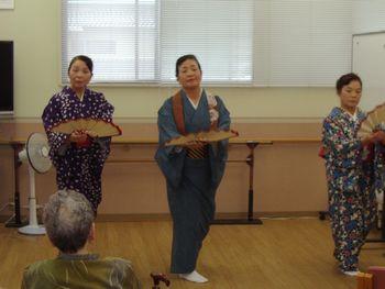 H23.9.30日本舞踊③.JPG