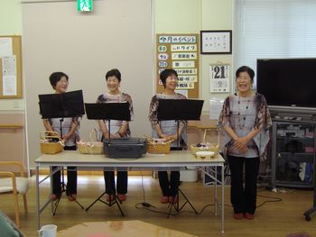 H24.11.21オカリナ演奏会1.JPG