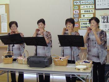 H24.11.21オカリナ演奏会2.JPG