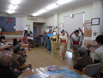 H25.10.30日本舞踊⑤.JPG