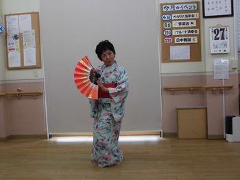 H25.3.27日本舞踊①.JPG