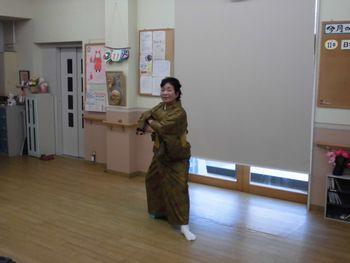 H26.3.11日本舞踊4.JPG