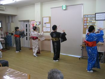 H26.9.29日本舞踊4.JPG